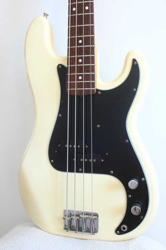 Fender '70 Reissue Precision Bass Olympic White 1999-02