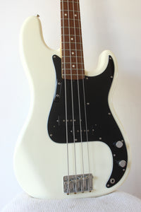 Fender '70 Reissue Precision Bass Olympic White 2004-05