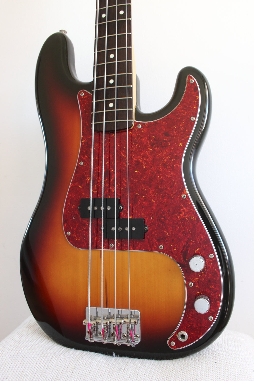 Fender '62 Reissue Precision Bass Sunburst 1989-90