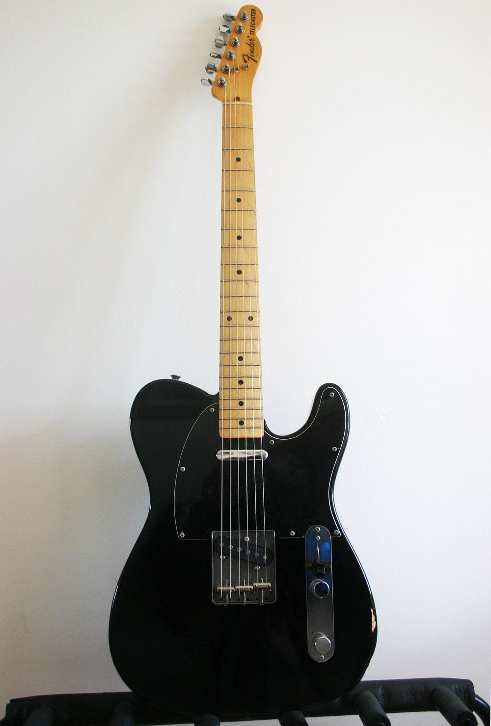 Used Fender Telecaster '72 Reissue black-on-black 1984-87
