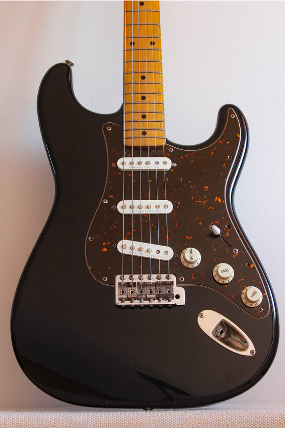 Used Fender Stratocaster '57 Reissue Black Dimarzio Collection