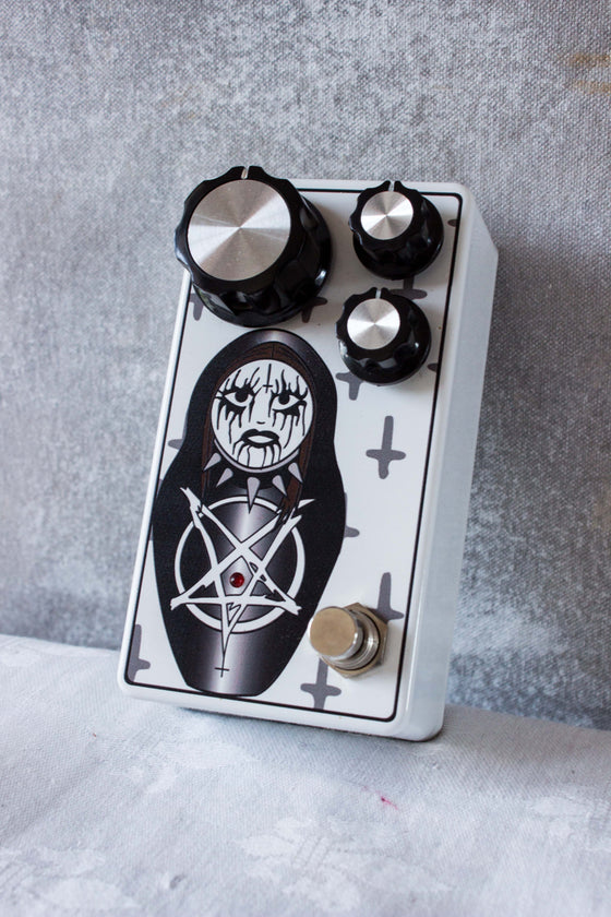 Kink Defeder of the Hate Fuzz Pedal