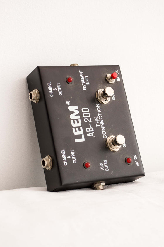 Leem AB-200 'The Connection' ABY Pedal