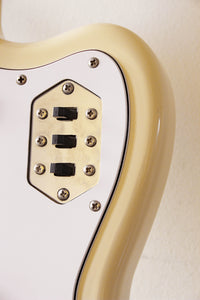 Used Fender Jaguar '66 Reissue Vintage White