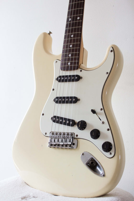 Squier Stratocaster CST-45 Olympic White JV Serial 1983