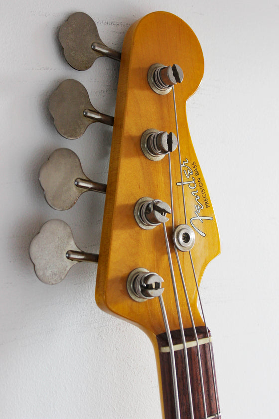 Used Fender Precision Bass '62 Vintage White