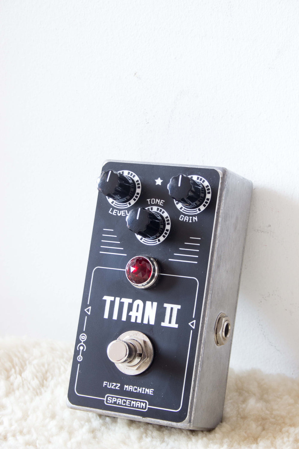 Spaceman Titan II Fuzz Machine Pedal