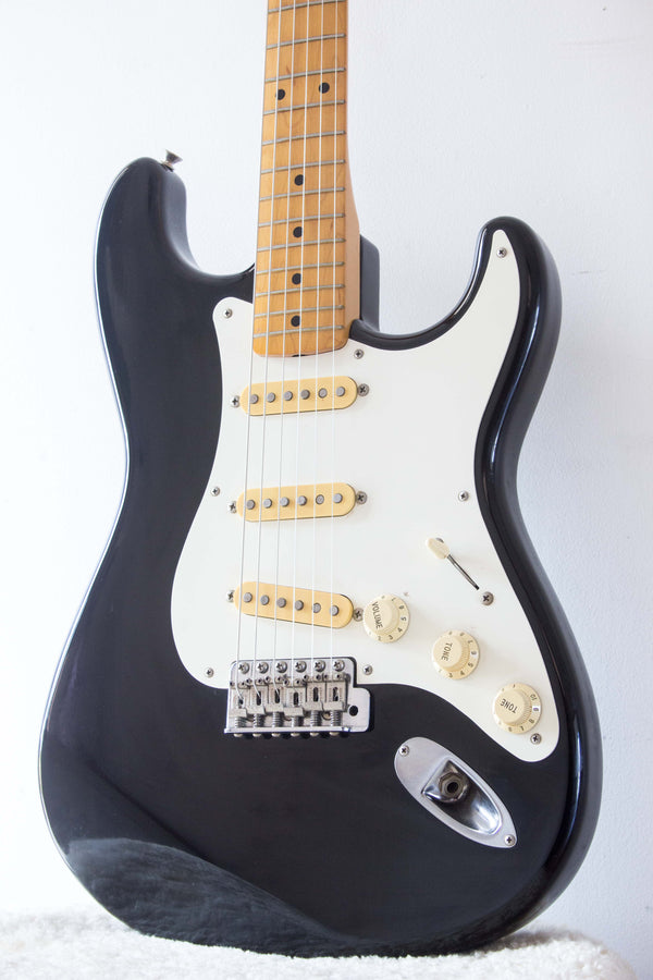 Fender Japan '57 Reissue Stratocaster ST57-55 Black 1988