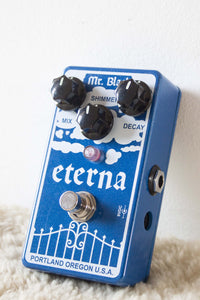 Mr. Black Eterna Shimmering Reverberator Pedal
