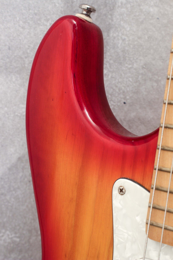 G&L Tribute Series Legacy Cherry Sunburst Korea 2004