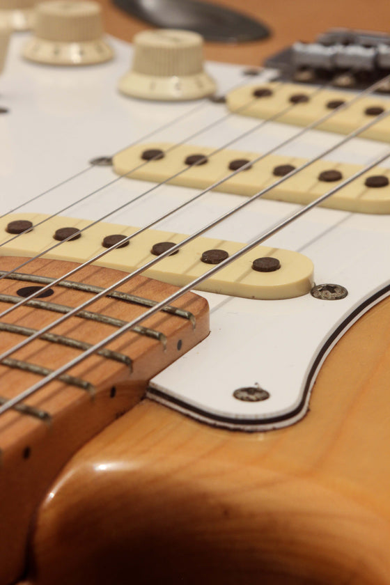 Fender Japan '72 Stratocaster ST72-70M Natural Ash 1989