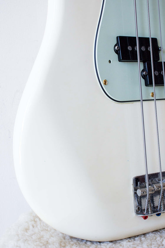 Fender Japan '70 Reissue Precision Bass PB70-70US Olympic White 2003