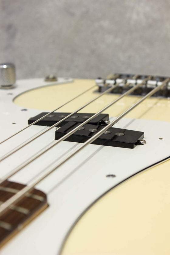 Fender Japan Standard Precision Bass PB43 Olympic White 2004