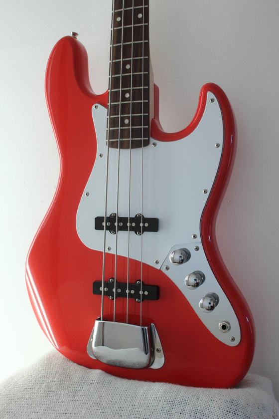 Squier Affinity Series Jazz Bass Fiesta Red 2016