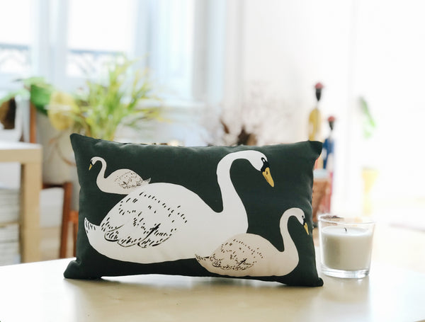 mother swan pillow design