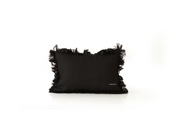 MUSHI decorative pillow in velvet and fringes