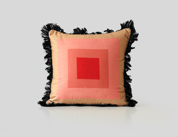 MUSH decorative pillow in velvet and fringes