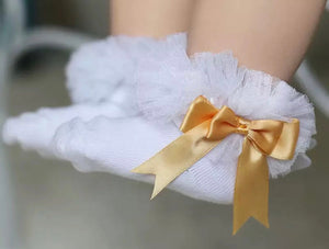 White and gold ruffle ankle socks (0-6 years)
