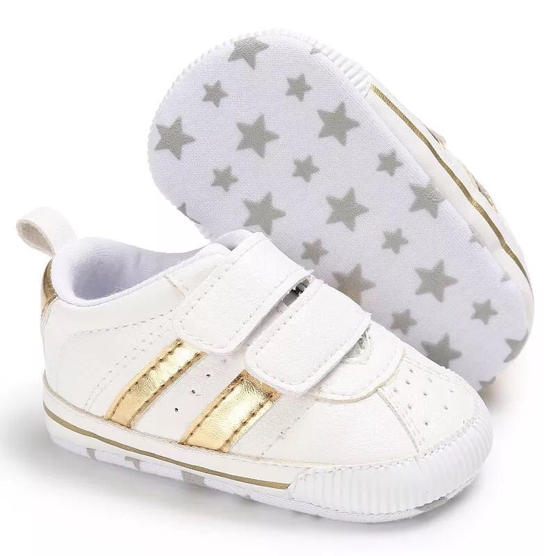 Gold stripe baby shoes (0-18 months)