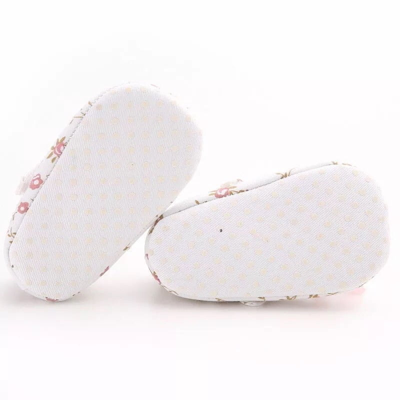 White floral baby shoes