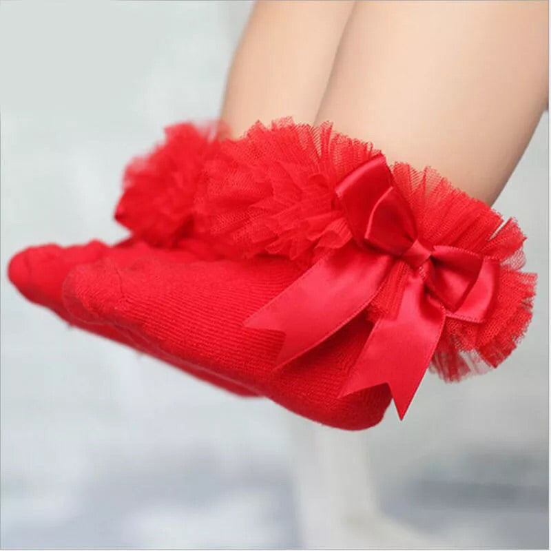 Red ruffle ankle socks (0-6 years)