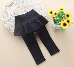 Black skirt trousers ( 18 months - 5 years)