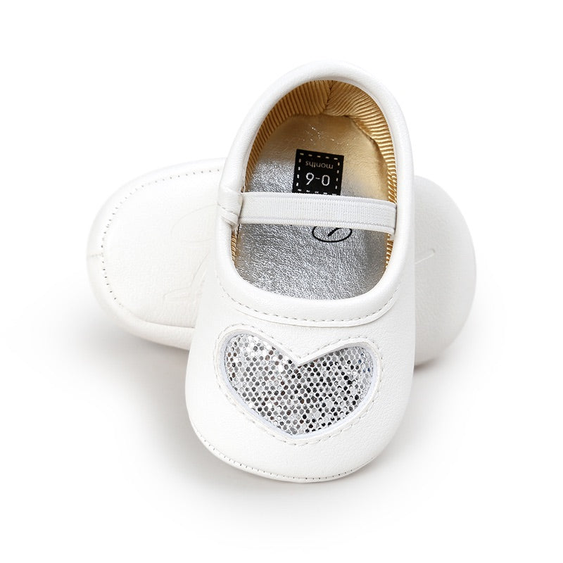 Sparkle heart baby shoes