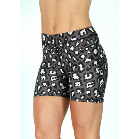 BW Womens Leopard Hot Pants