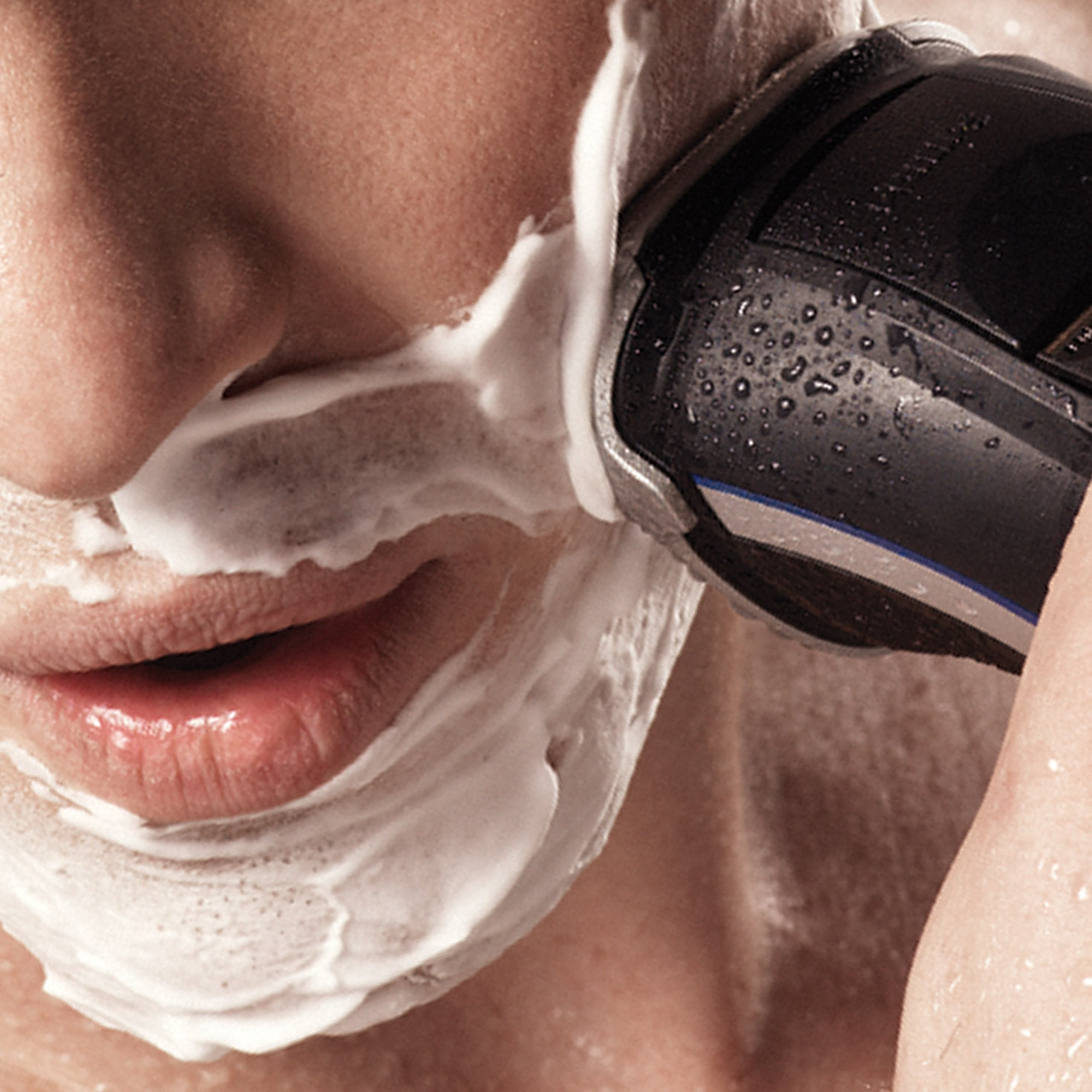 Philips AquaTouch AT770/20 Wet and Dry Electric Shaver - Philips - Pazarska