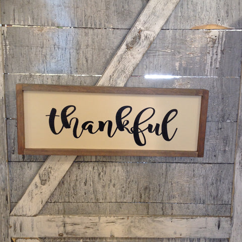 Thankful sign with black letters
