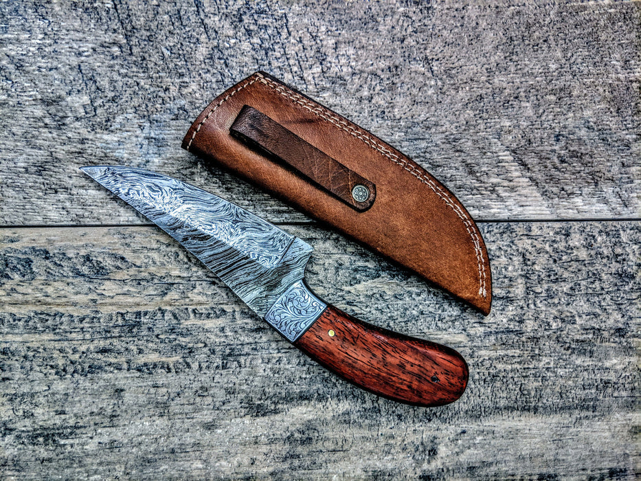HTSE-13 / Damascus Skinner / HAND ENGRAVED Bolster / Exceptional Art / Hometown Knives / Metal Engraving