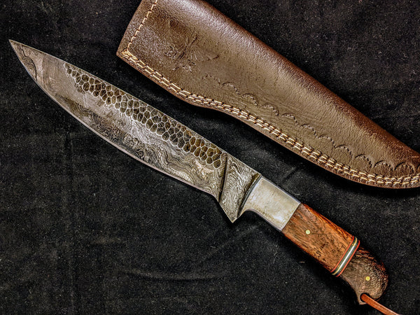 HTB-9  HANDFORGED Damascus Bowie Hunter Knife / Walnut & Micarta Handle / Camping / Hunting Game / Throwing Knife