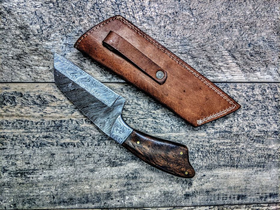 HTSE-16 / Damascus Skinner / HAND ENGRAVED Bolster / Exceptional Art / Hometown Knives / Metal Engraving