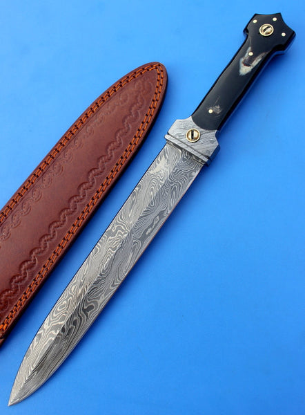 HTK-102  Damascus Knife custom handmade Dagger / Buffalo Horn handle / Great quality