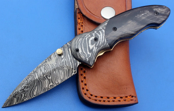 HTK-128 Damascus Folder / Hand Made / Custom / Buffalo Horn handle / Damascus steel bolster / Liner Lock
