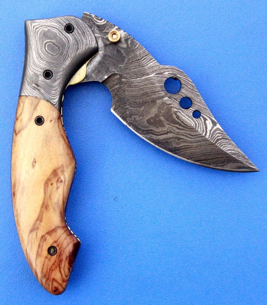 HTK 226 Damascus Skinner Style Folder / Pocket Knife / Handmade / Custom / Forged / Olive Wood Handle / Hand Filed Spine / UTILITY