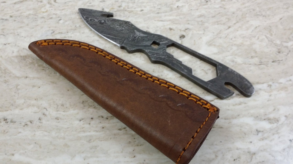 HT-64 Damascus Small Gut Hook Skinner Tool / Skinner / Hunting / Handmade / Custom / Forged / White Tail Sta