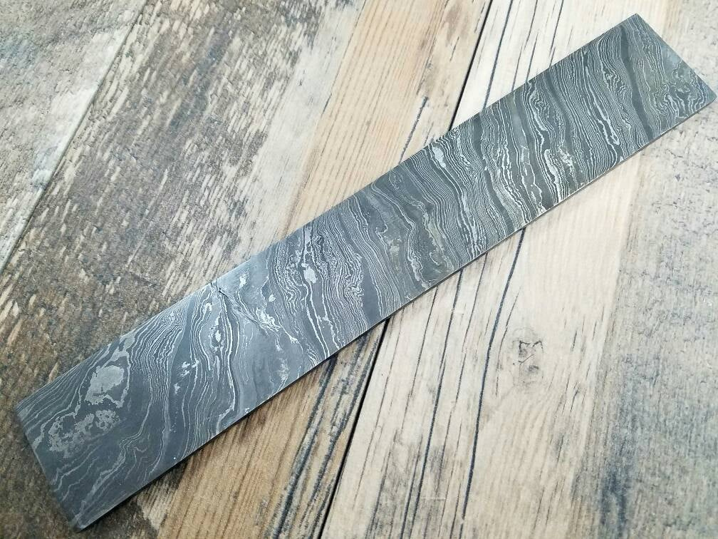 HTN-00 Twist Damascus handmade Billet / Great quality / Twist Pattern