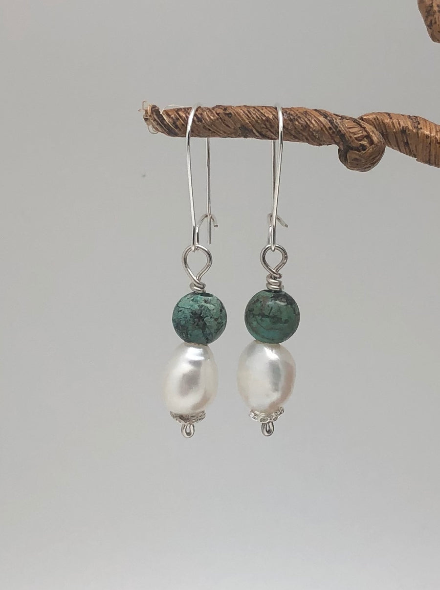 Pearl Dangle Earrings 02133