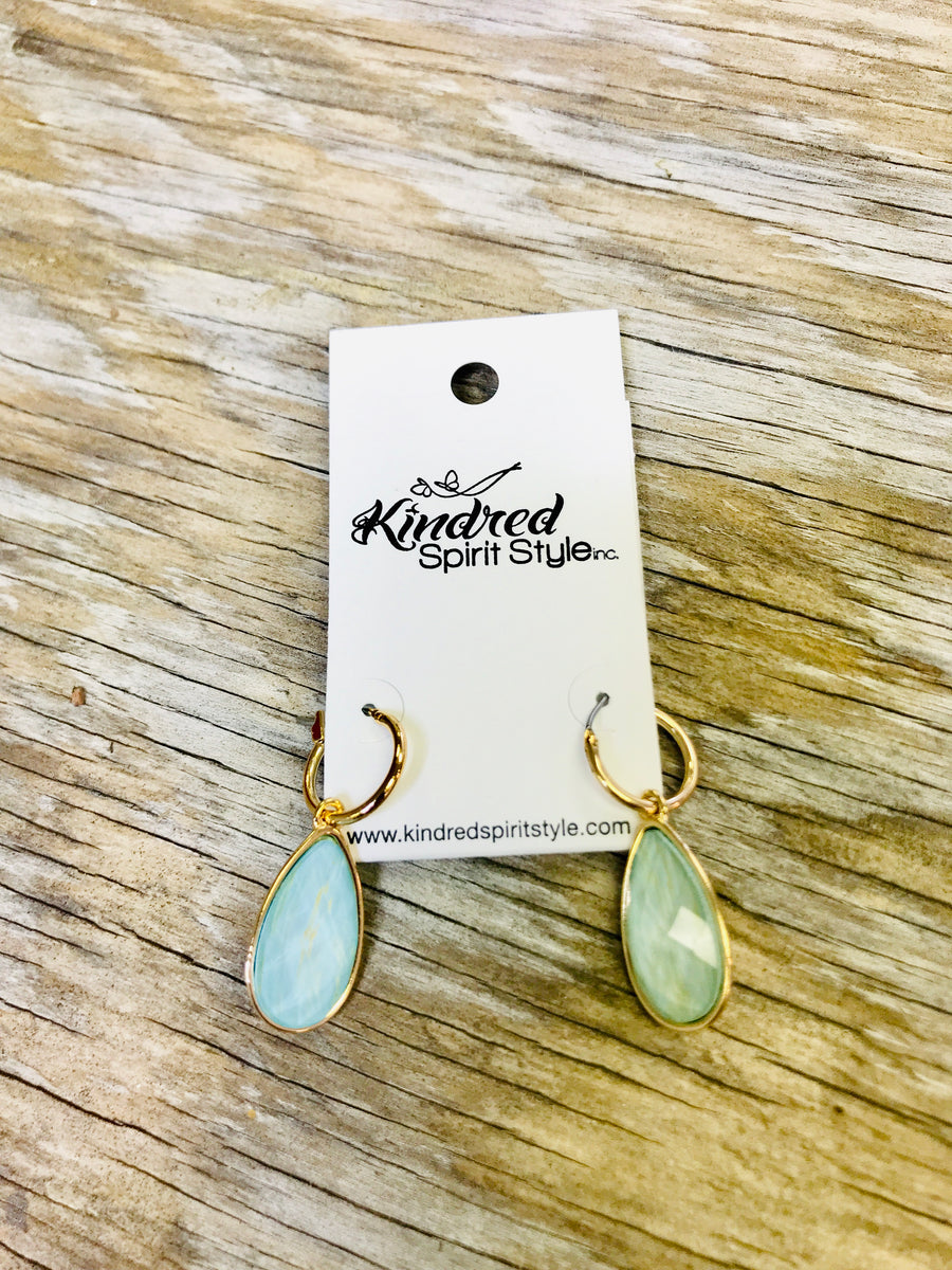 Tear Drop Earrings 01589