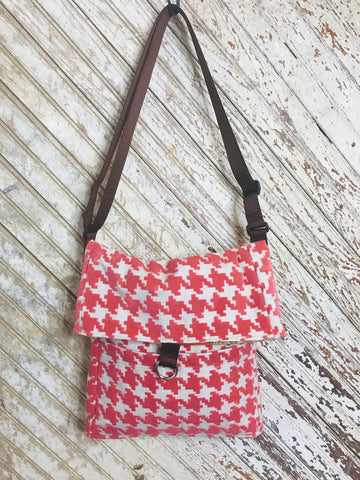 Houndstooth in Coral Hippy Bag