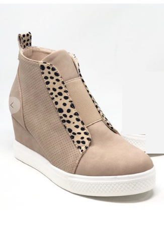 02572- Blush Cheetah Zoey Sneakers