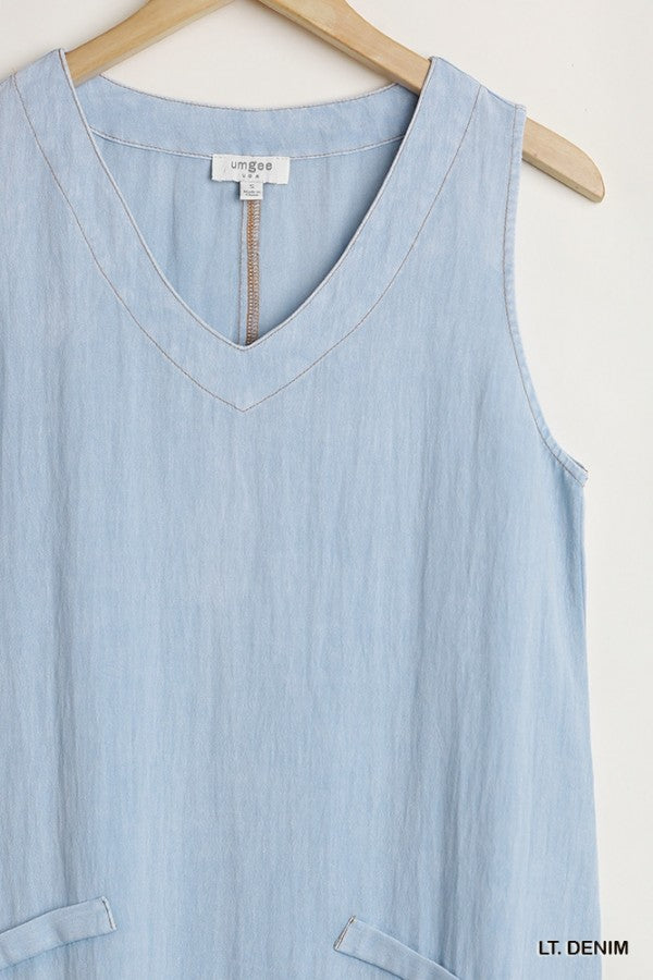 Garment Dyed Sleeveless V-Neck Dress with Pockets and Raw Hemline 01684