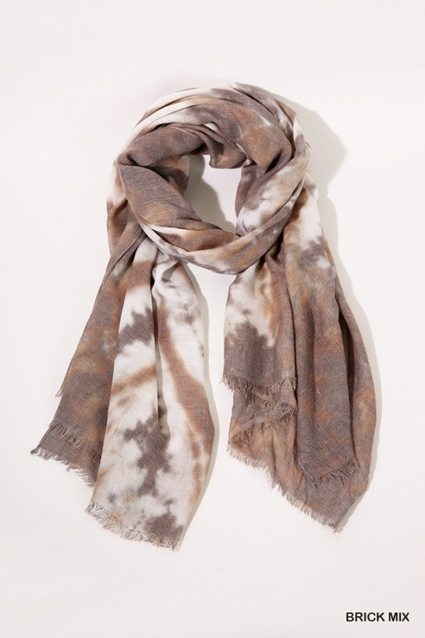 Tie Dye Print Scarf with Frayed Edges 01944