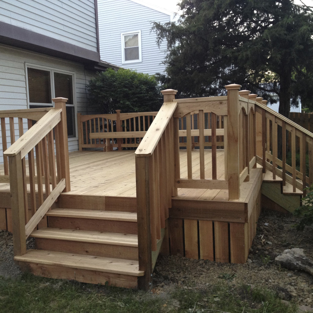 Fences & Decks: Choosing The Right Look