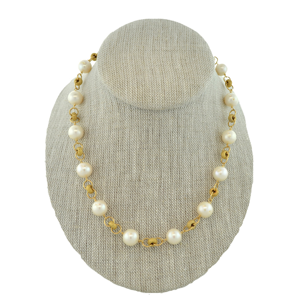 Pearl Necklace with Stardust Roundel