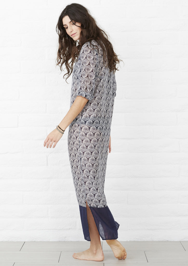 Temple Print Maxi in Navy and White
