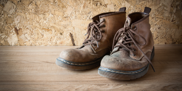 When Do you Need to Replace Safety Footwear  – Work Authority 976b56512f48