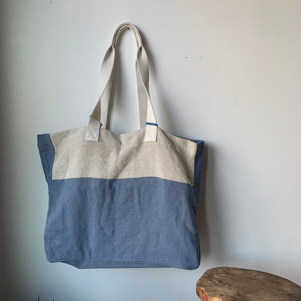 Beach Tote Bag with Wide Stripe
