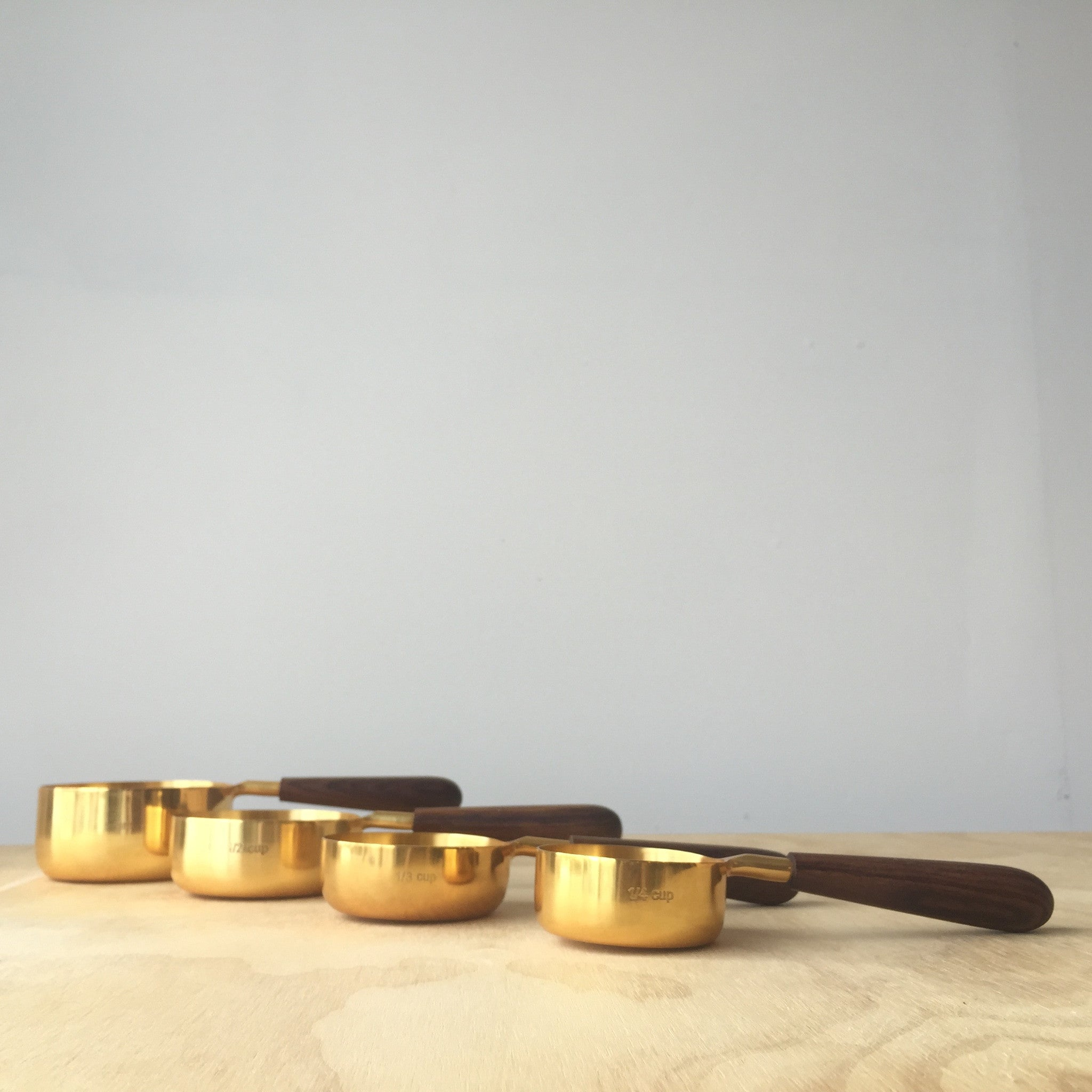 Measuring Cups Set in Gold
